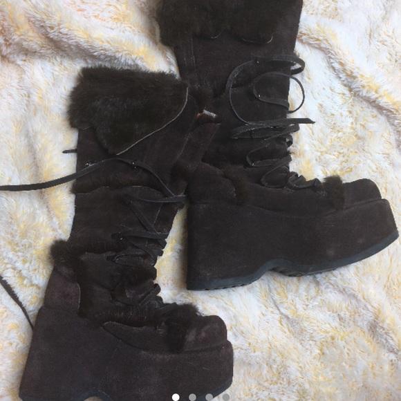 28fe5ac92680 Black fur festival platforms boots suede